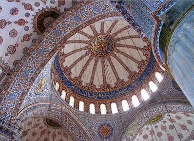 interior_masjid_biru_turki_10
